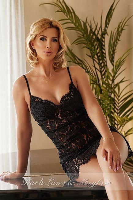 Blonde escort Annabelle is perfect for naughty nights in